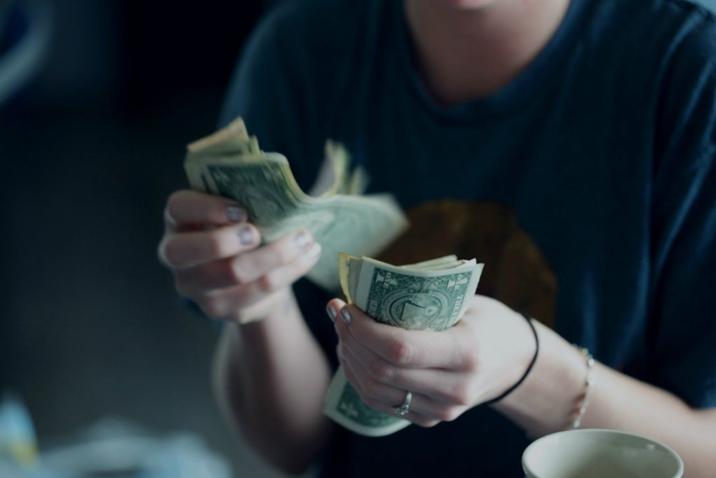 3 Best ways on how to make 200 dollars a day